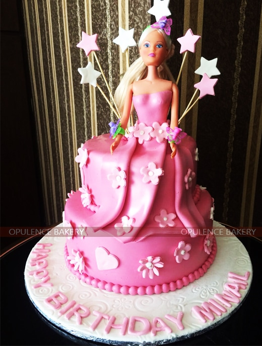 Cute Pink Fondant Cakes for Girls